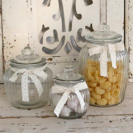 Storage glass w.lace ribbon