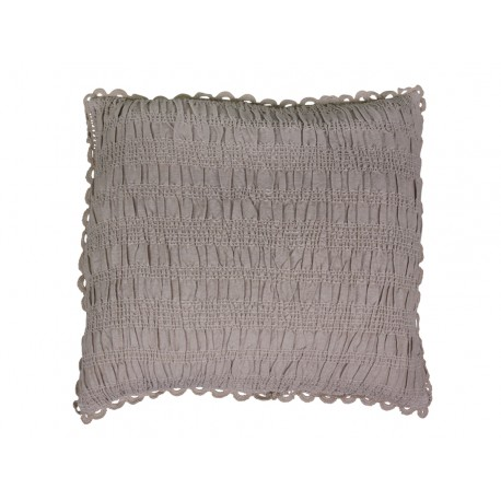 Cushion (S18) w. lace edge
