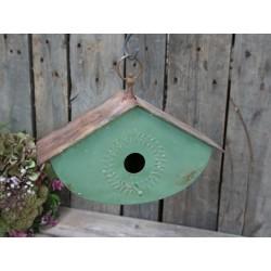 Bird house (S18)