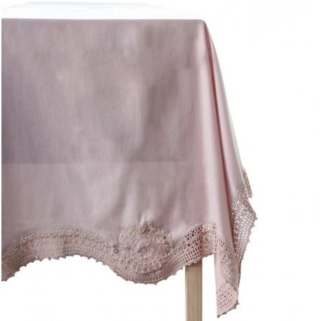 Table cloth w. crochet edge old rose