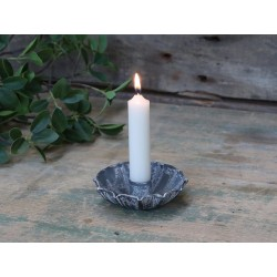 Candlestick for short dinner candles