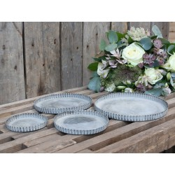 Tray set of 4