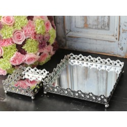 Mirror dish w.lace edge antique silver