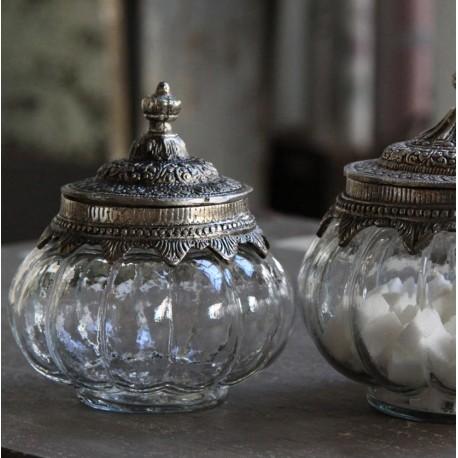 Glass box w. lid & silver decor