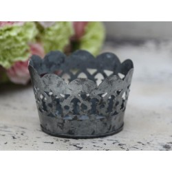 Tealight holder w.lace edge antique zinc