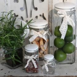 Glass w.porcelain lid & lace ribbon