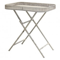 Table (S19) with lace edge