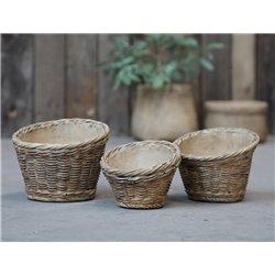 Corte Flower pot w. braided pattern