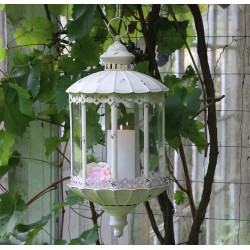 Lantern (S19) with chain & lace edge