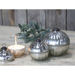 Glass Ball w. candle and groove cut