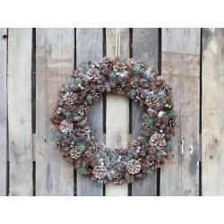 Fleur Wreath (X20) w. cones & berries