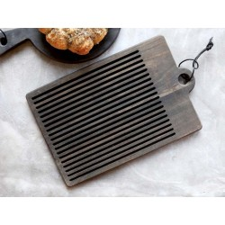 Laon Cutting board w. grooves