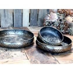 Plates set of 3
