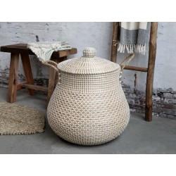 Wicker Basket w. handles and lid