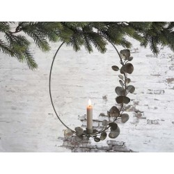 Wreath for short dinner candle w hanging