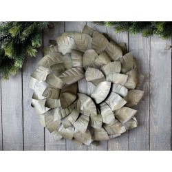 Wreath w. leaves for wall