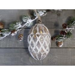 Ornament w. pattern