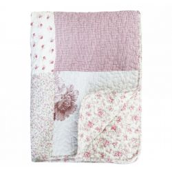 Quilt w. flowerprint and lace ribbon