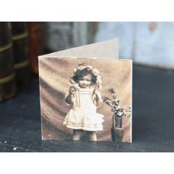 Kartka z Dziewczynką Chic Antique Mała 1