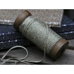 Ribbon on wooden spool (X16) braided