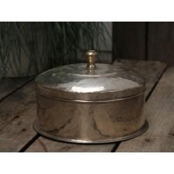 Box w. lid brass H/D21 cm